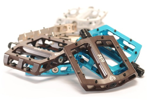 eclat_surge_alloy_pedals